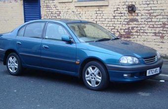 Toyota Avensis Mk1 used car parts for sale Liverpool. Scrap my car Liverpool