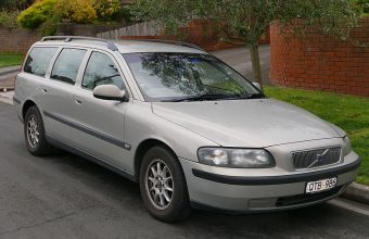 Volvo V70 Mk2 used car parts for sale Liverpool. Scrap my car Liverpool